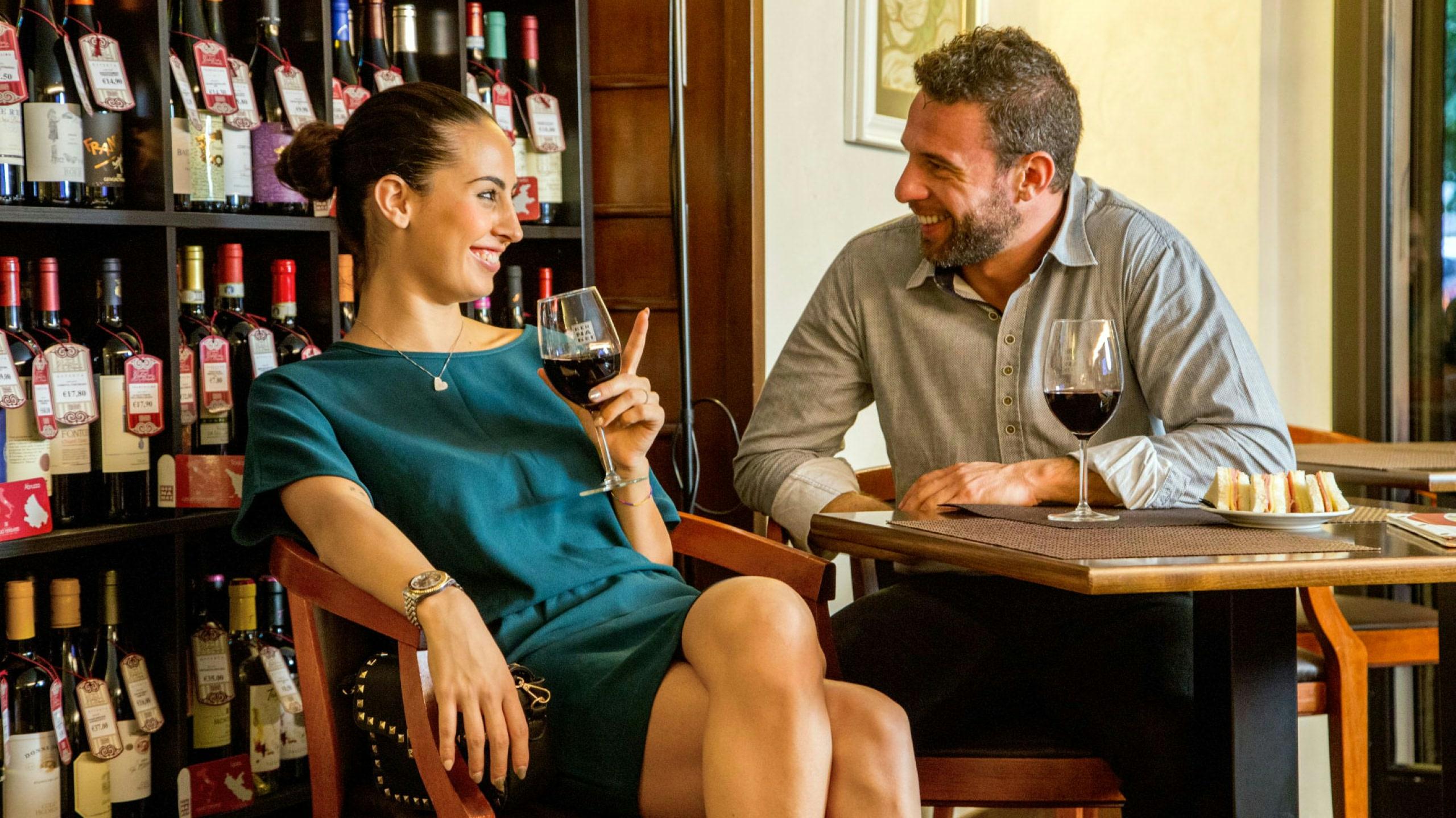 фото-отель-Оксфорд-Рим-винотека-17