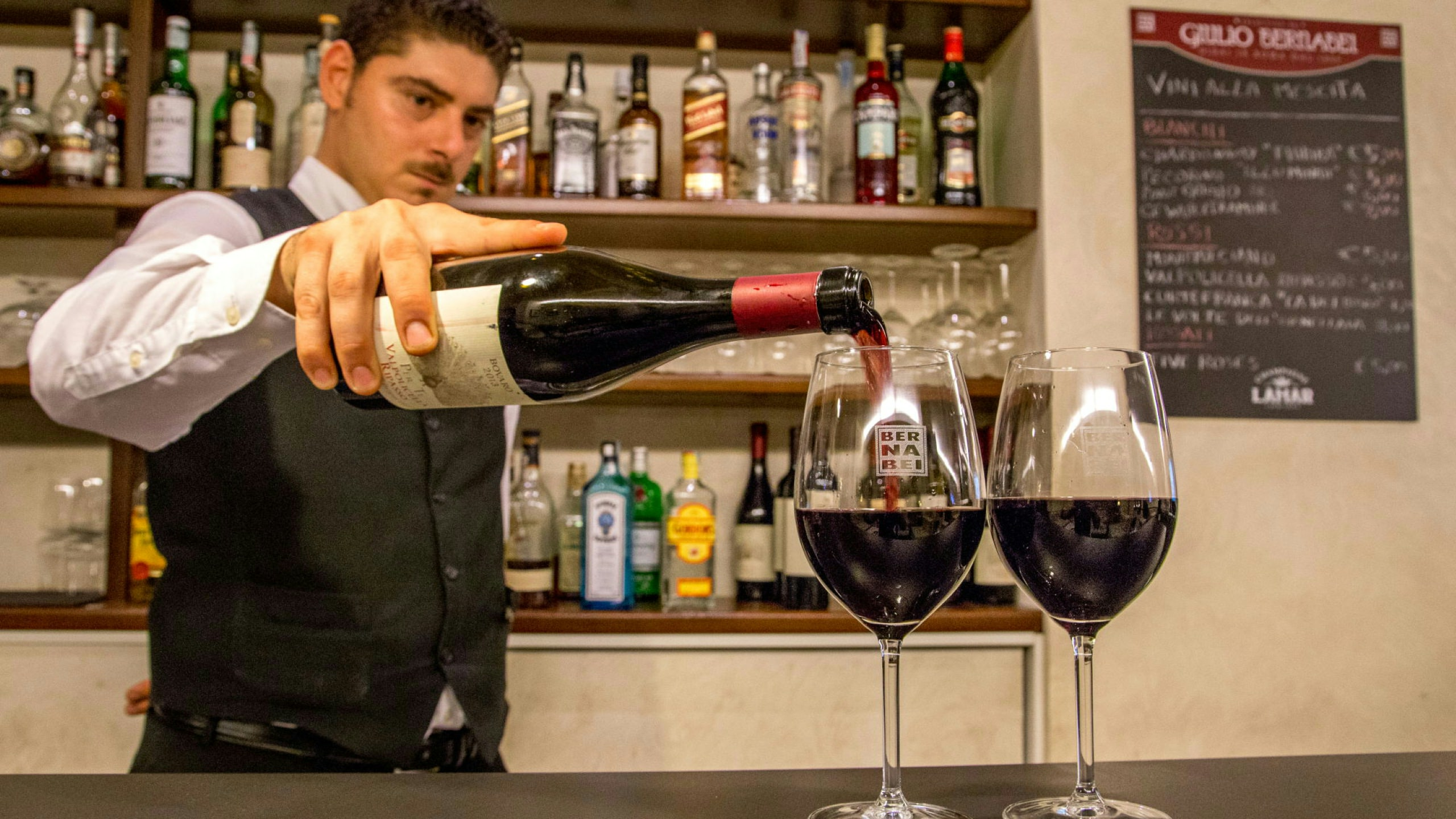 Photo-Hotel-Oxford-Rome-winebar-17