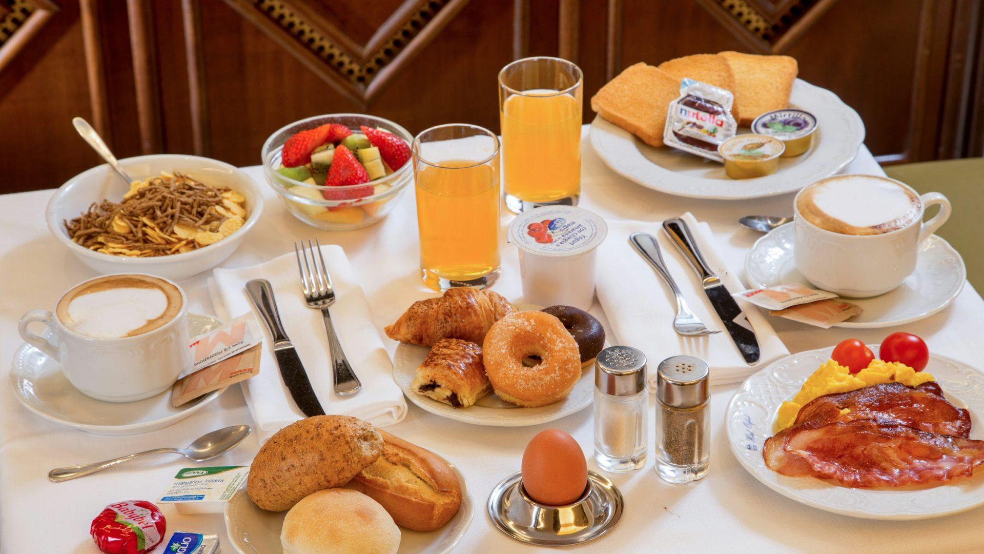 Фото-галерея-Hotel-Оксфорд-Рим-завтрак-6