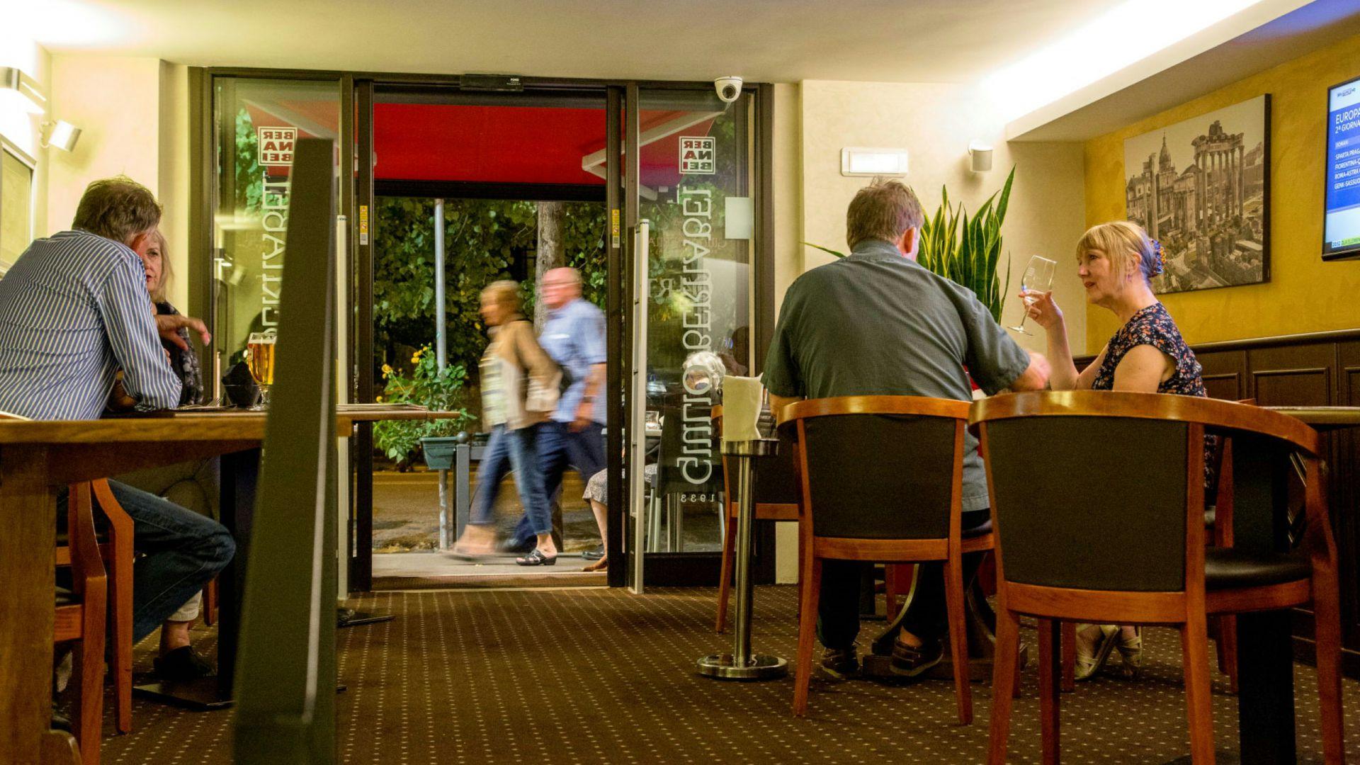 Foto-Hotel-Oxford-Roma-bar-de-vinhos-23
