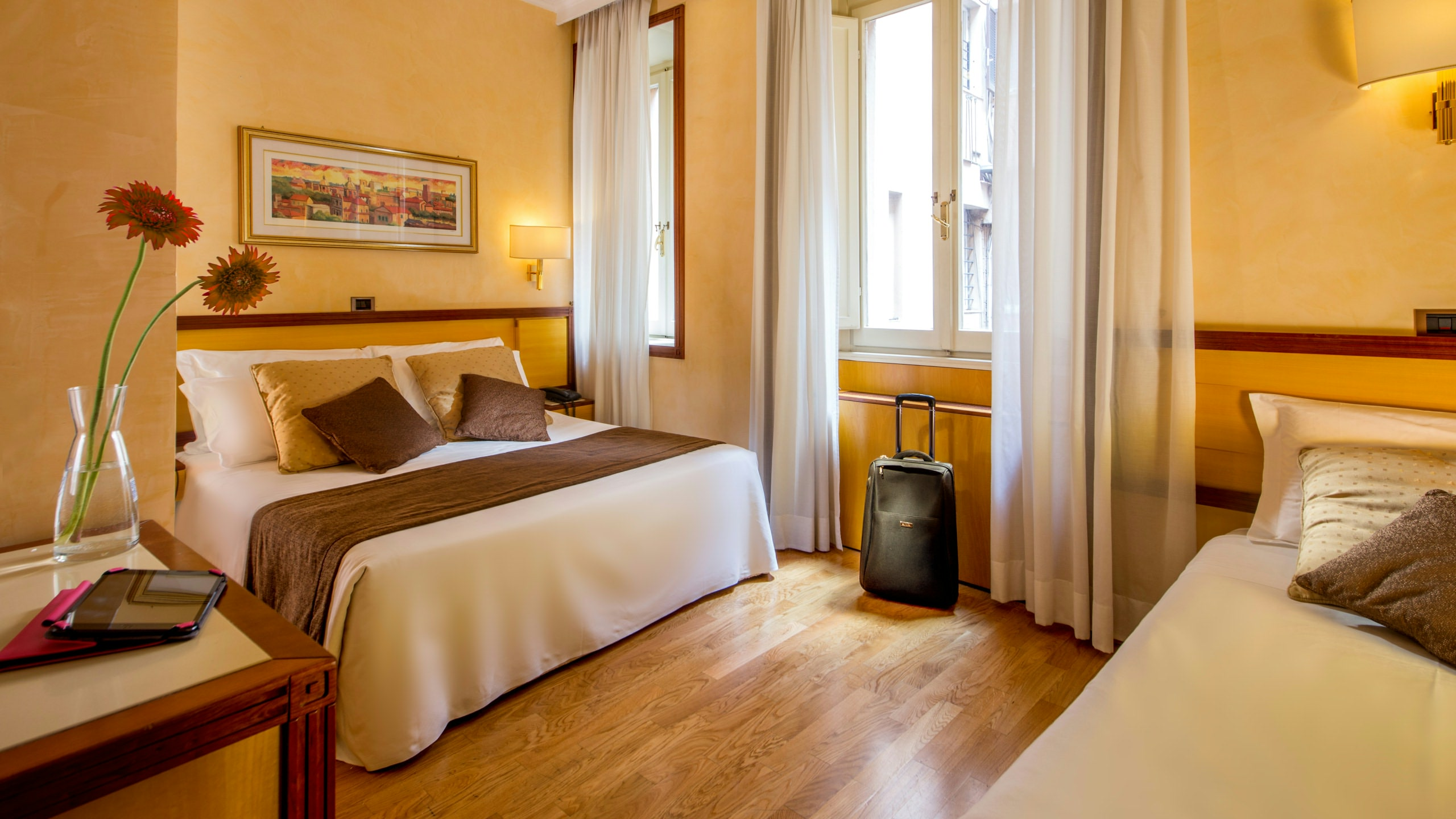 Photo-Hotel-Oxford-Rome-room-15
