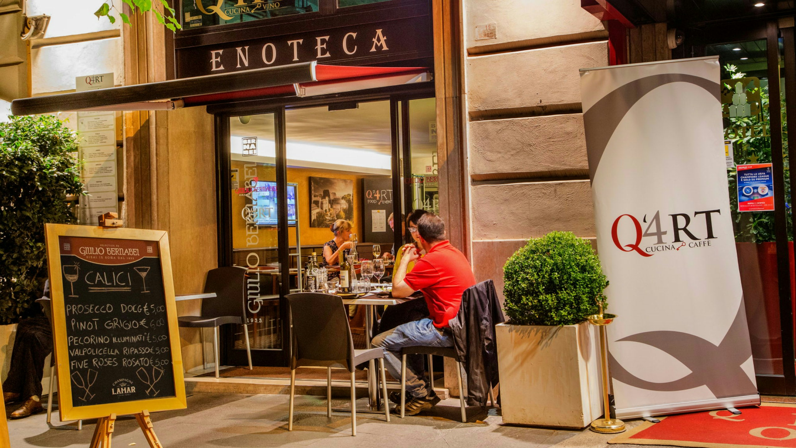 Photo-Hotel-Oxford-Rome-winebar-2