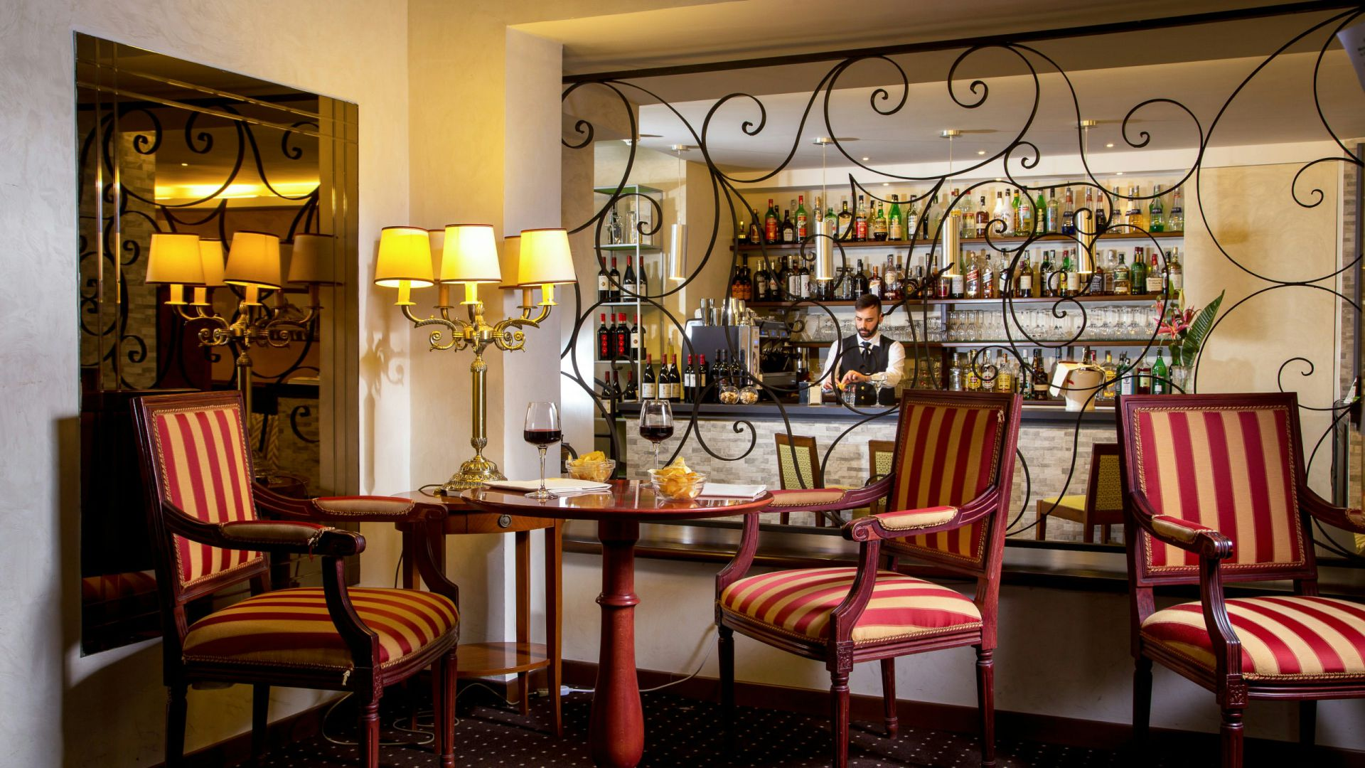 Photo-Hotel-Oxford-Rome-bar-1